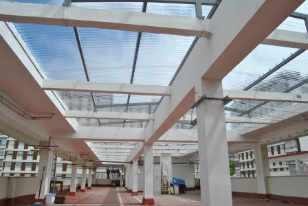 Cubierta policarbonato fachadas tejados - Tejados de pvc ...