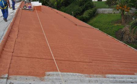 Imprimación impermeabilización tejado